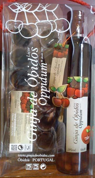Ginja De Obidos Oppidum and Chocolate Cups 500ml
